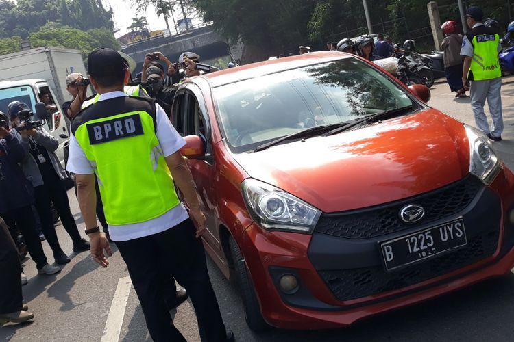 Razia penunggak pajak kendaraan bermotor di Jakarta Timur, Rabu (25/7/2018)