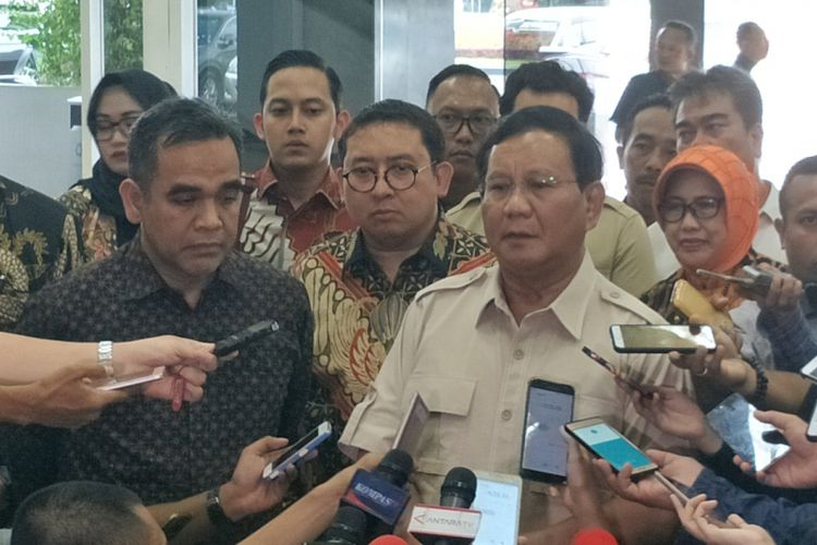 Ketua Umum Partai Gerindra Prabowo Subianto di kompleks Parlemen, Senayan, Jakarta, Rabu (16/5/2018).