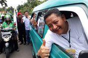 Kendarai Angkot, Wakil Wali Kota Surabaya Antar Gus Ipul-Puti Ambil Nomor Urut