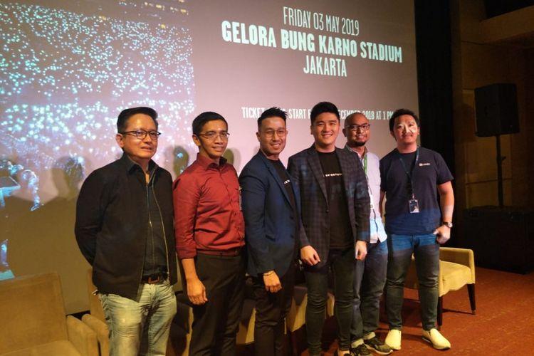 Pihak promotor dan pihak pendukung konser Ed Sheeran dalam Jumpa pers Konser Ed Sheeran Divide World Tour 2019 Jakarta di Lounge XXI Plaza Indonesia, Thamrin Jakarta Pusat, Rabu (28/11/2018).