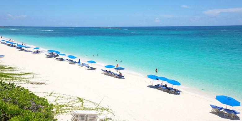 Ocean Club Beach di Bahama.
