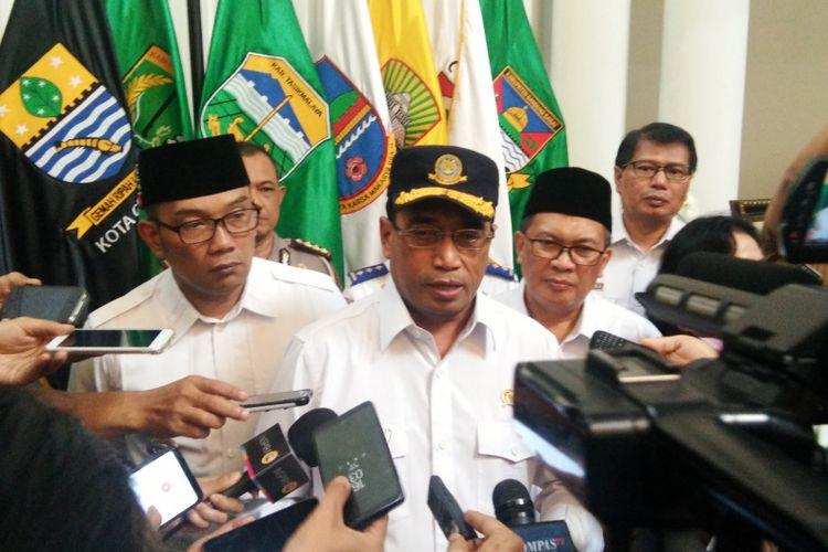 Ridwan Kamil Minta Pemindahan Penerbangan dari Husein Sastranegara ke Kertajati Dipertimbangan