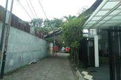 Hujan Lebat, Atap Rumah Warga Grogol Tertimpa Asbes