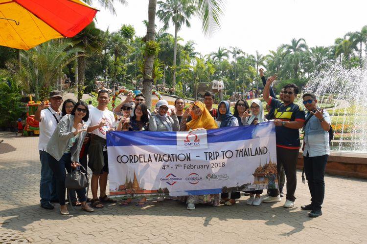 Peserta Cordela Vacation mengunjungi Nongnooch Village di Pattaya, Thailand, Senin (5/2/2018).