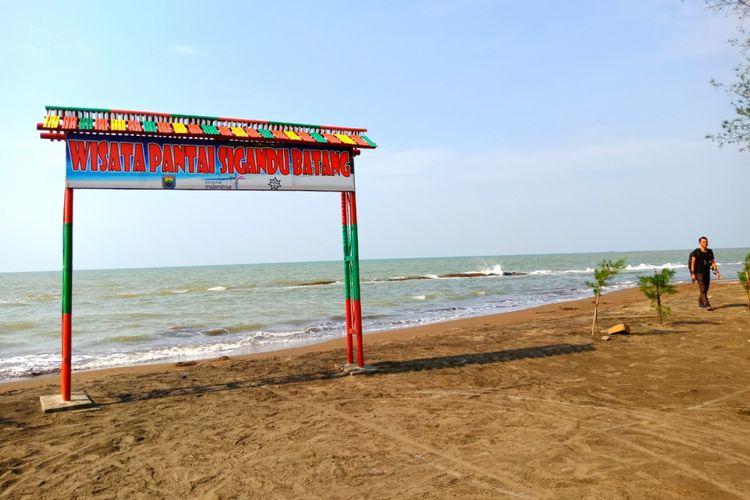 Pantai Sigandu, Kabupaten Batang, Jawa Tengah.