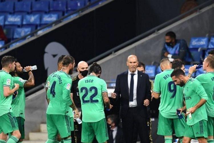 Real Madrid Kuasai Klasemen La Liga Zidane Juara Ditentukan Akhir Musim Halaman All Kompas Com