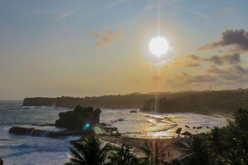 Asyik! Pantai Klayar Sudah Dibuka untuk Wisatawan Luar Pacitan