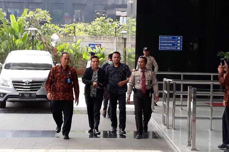 Bupati Bengkulu Selatan Dirwan Mahmud di Gedung KPK Jakarta, Rabu (16/5/2018).