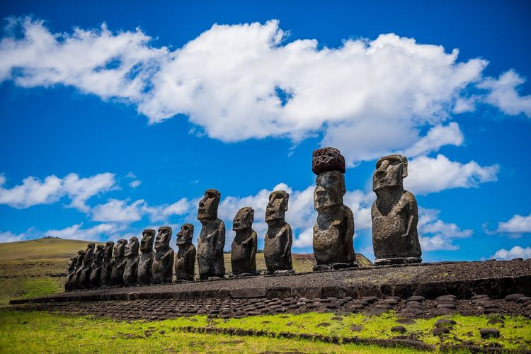 Ilustrasi Chile - Tempat wisata Easter Island di Chile.