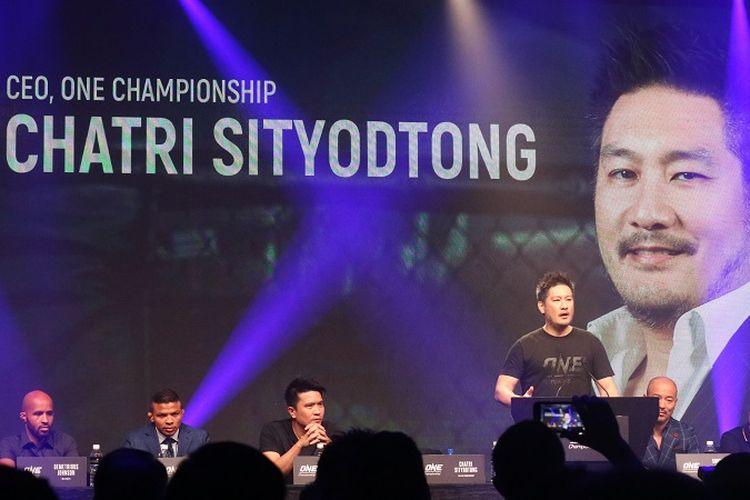 Chairman and CEO ONE Championship, Chatri Sityodtong, pada sesi konferensi pers di Marina Bay Sands, Singapura, Rabu (7/11/2018).