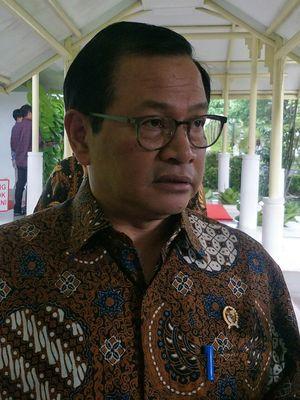 Seskab Pramono Anung di Istana Kepresidenan, Jakarta, Senin (17/2/2020)