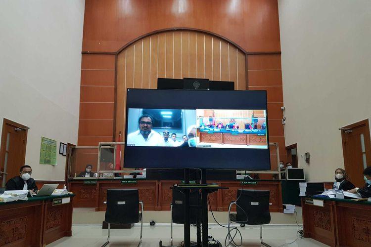Suasana sidang lanjutan perkara pembunuhan berencana yang menjerat John Kei di Pengadilan Negeri Jakarta Barat, pada Rabu (24/2/2021).