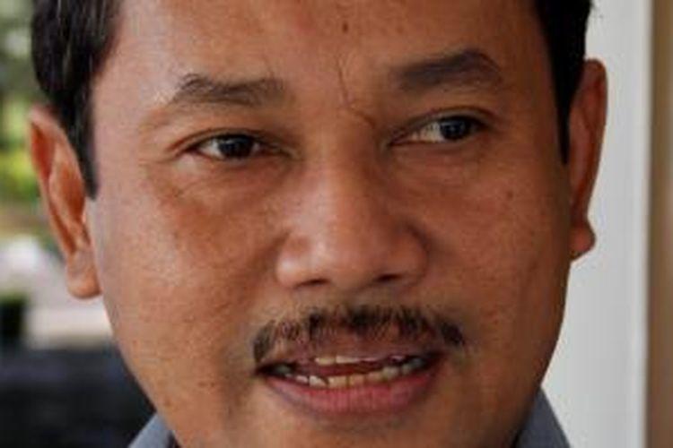 Rachmat Yasin.