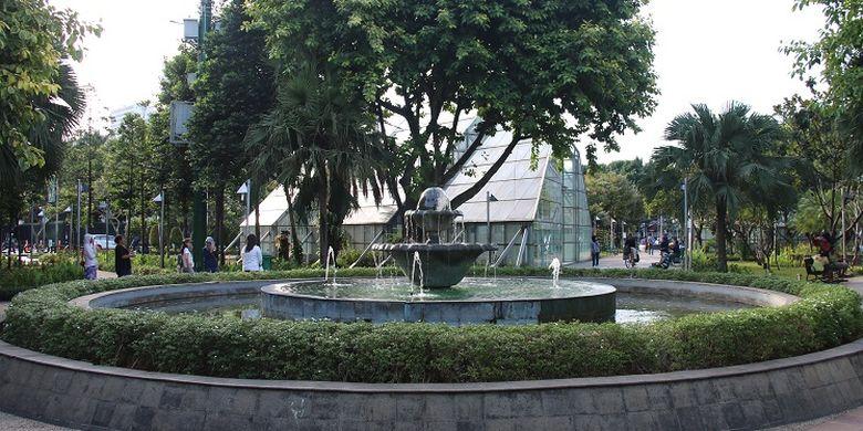 Pemandangan di salah satu Taman Kota yang ada di DKI Jakarta