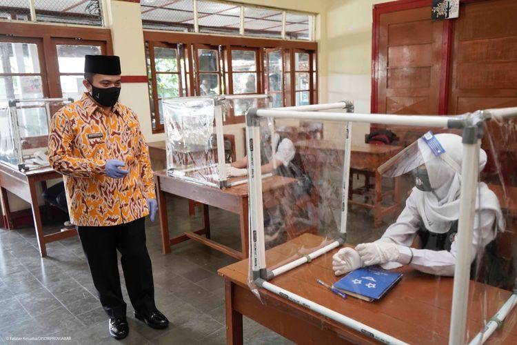 Simulasi belajar tatap muka di SMAN 4 Kota Sukabumi