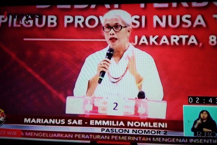 Calon Wakil Gubernur NTT nomor urut 2 Emilia Nomleni, saat memaparkan visi dan misinya dalam debat yang berlangsung di studio I News TV Jakarta, Selasa (8/5/2018) malam