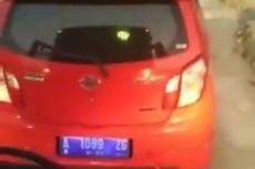 Viral, Pengemudi Mobil Bertelanjang Dada Pukul Bus Transjakarta Setelah Terobos Busway