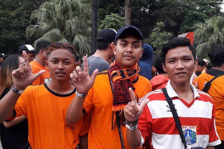 Hanif, supporter dari Purwokerto yang rela jauh-jauh datang untuk membela Persija Jakarta