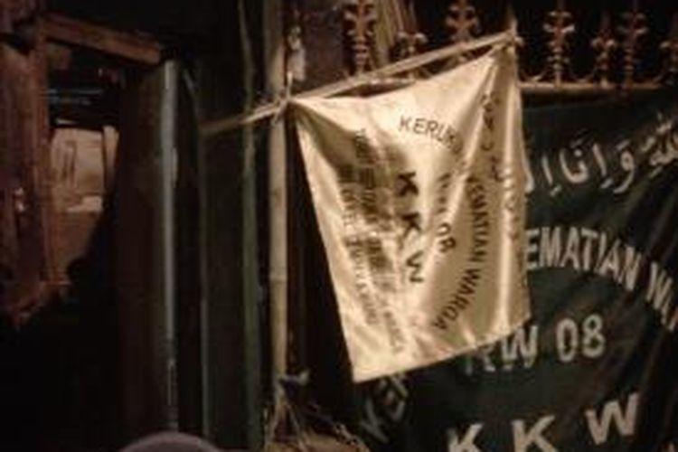 Kediaman Sopar di Jl Pam Remaja III, Kemayoran Jakarta Pusat. Sopar merupakan salah satu korban dari minuman oplosan yang dijual Rendi.