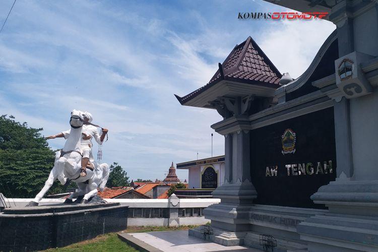Perbatasan Jawa Barat dan Jawa Tengah di Pantura