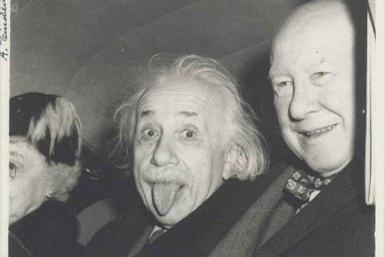 Foto Albert Einstein yang terjual seharga 125.000 dollar AS.