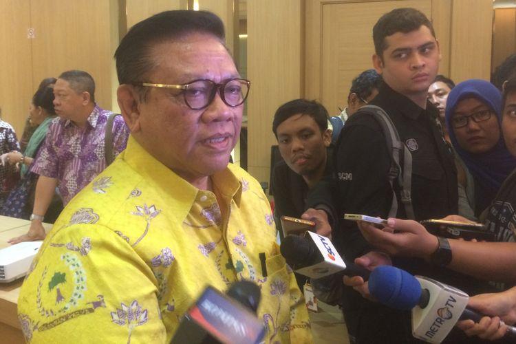 Ketua Dewan Pakar Partai Golkar Agung Laksono di Kantor DPP Golkar, Jalan Anggrek Nelly Murni, Slipi, Jakarta Barat, Selasa (4/8/2018).