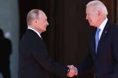 Biden Beri Putin Hadiah Kristal Bison dan Kacamata Aviators Khusus