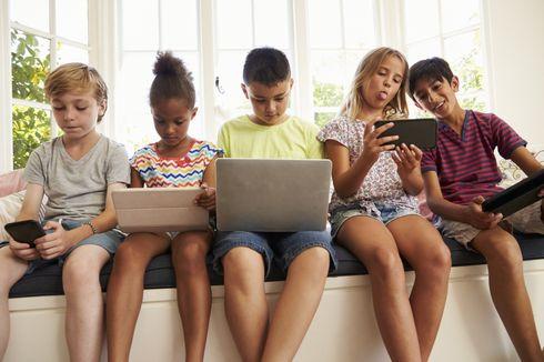 Ini Beda Aktivitas Otak Anak Saat Membaca Buku dan Bermain Gawai