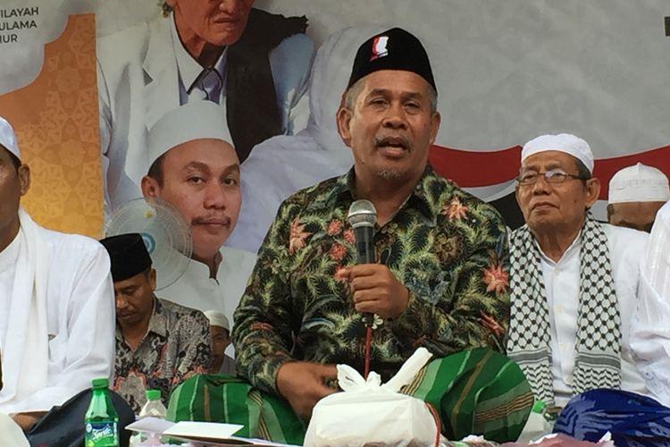 Ketua PWNU Jawa Timur, Marzuki Mustamar tidak rela dunia akhirat bendera NU dipakai Sandiaga Uno kampanye pilpres di Lumajang.