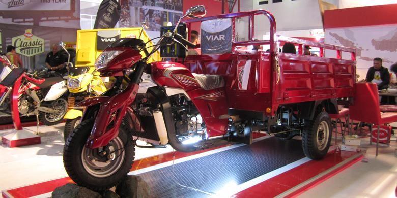 Produk terbaru Viar dari tipe mini dumb truck Viar Karya 300cc