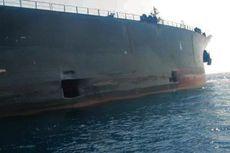 Iran Rilis Foto Kapal Tanker Minyak yang Berlubang Akibat Diserang di Laut Merah