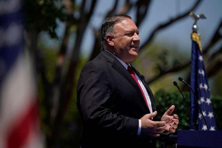 Menteri Luar Negeri Amerika Serikat Mike Pompeo saat berpidato di Richard Nixon Presidential Library, di Yorba Linda, California, AS, 23 Juli 2020.