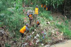 Banyak Jerami Dibuang ke Sungai Dinilai Ikut Sebabkan Banjir di Madiun