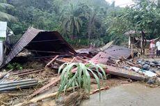 Duka di Labura, Banjir Bandang Penuh Kayu Hanyutkan 9 Rumah dan 5 Orang Hilang