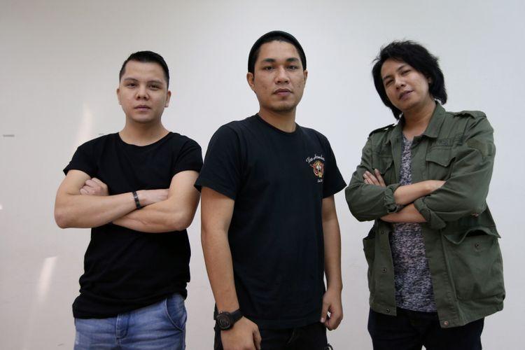 Band Armada saat kunjungan ke redaksi Kompas.com, Jakarta, Jumat (6/7/2018). Grup musik Armada mendapat kesempatan untuk mengisi soundtrack Si Doel The Movie.