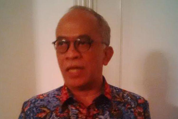 Direktur Utama (Dirut) Bank DKI Kresno Sediarsi, di Balai Kota.
