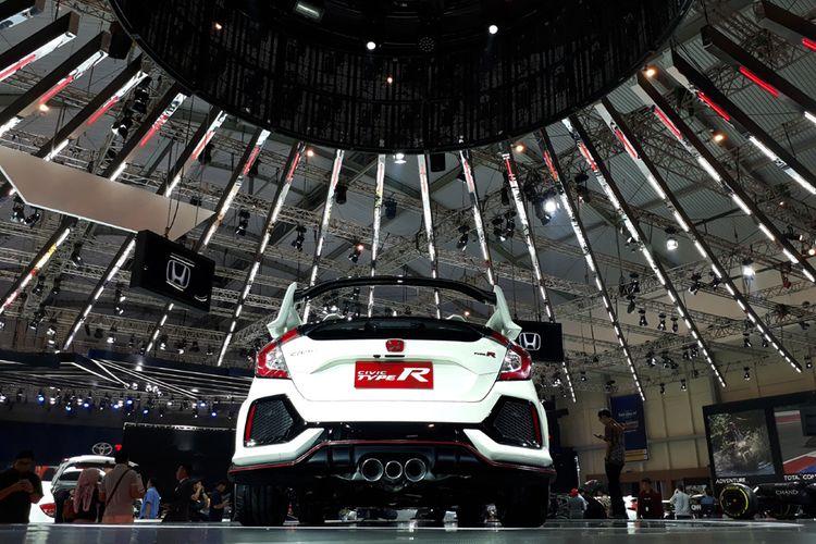 Honda Civic Type R saat mejeng di GIIAS 2017.
