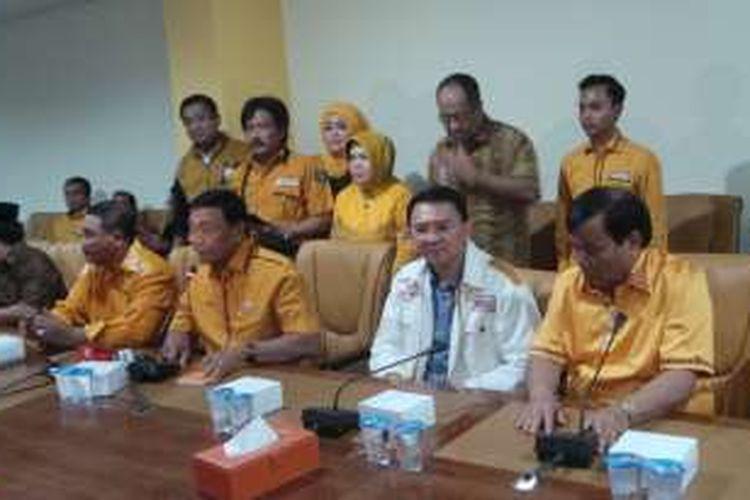 Ketua Umum Partai Hanura Wiranto bersama Ketua DPD Hanura DKI Jakarta Mohamad
