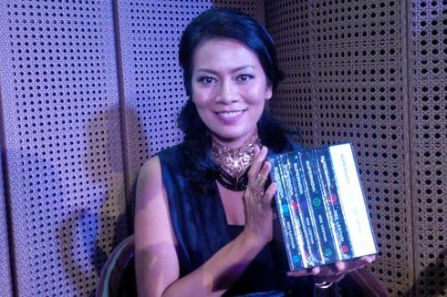 Dewi Lestari Serukan Jangan Unggah Buku PDF Ilegal