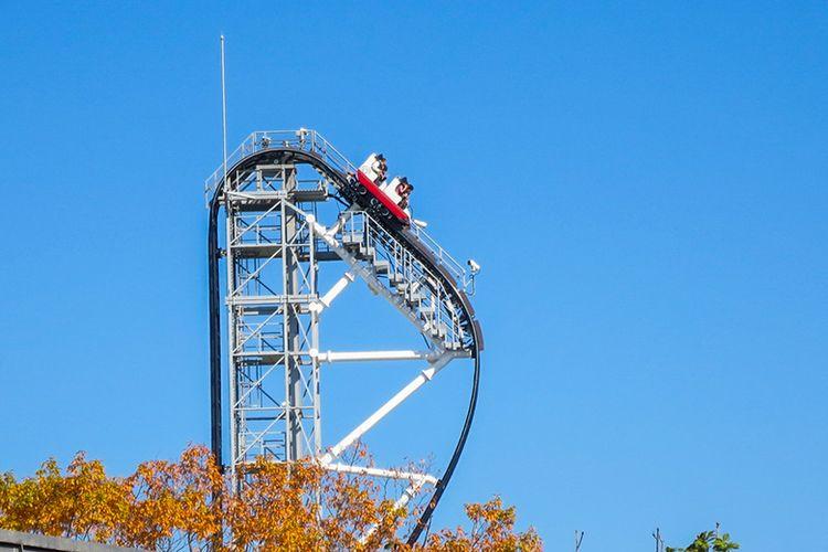 Roller Coaster Takabisha di Negara Jepang.