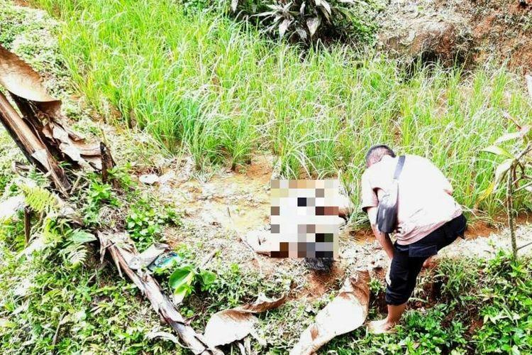 Seorang petani di Kabupaten Cianjur, Jawa Barat, ditemukan tewas di pematang sawah didiuga dianiaya, Rabu, (29/7/2020).
