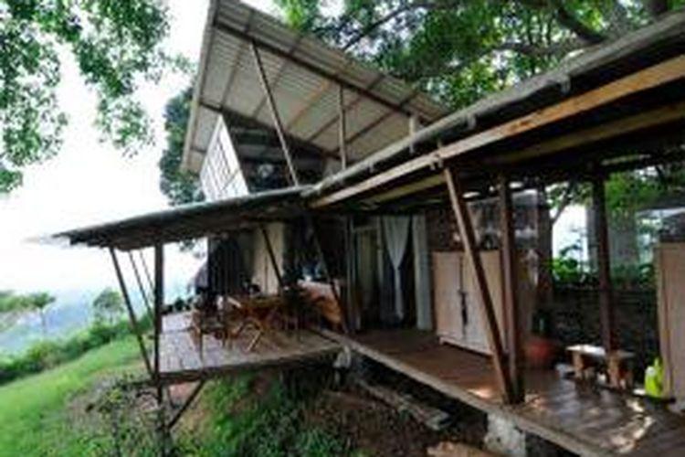 Salah satu rumah karya arsitek Yu Sing yang mengusung konsep kearifan lokal.