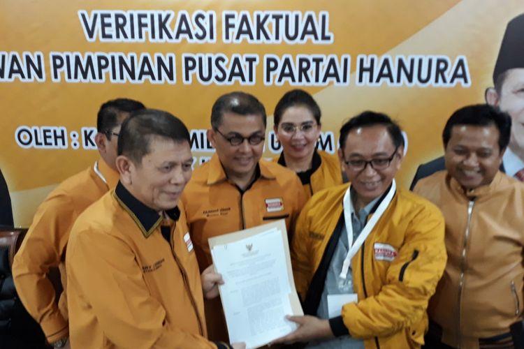 Konferensi pers Partai Hanura terkait verifikasi faktual KPU di Kantor DPP Partai Hanura, Jakarta, Sabtu (17/2/2018).