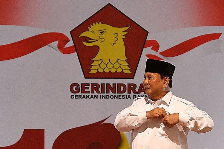 Ketua Dewan Pembina Partai Gerindra Prabowo Subianto meninggalkan panggung seusai menyampaikan pengarahan dalam peringatan HUT ke-12 Partai Gerindra di kantor DPP Partai Gerindra, Jakarta Selatan, Kamis (6/2/2020). Kegiatan yang dihadiri oleh para kader Partai Gerindra tersebut mengangkat tema Setia Bergerak untuk Indonesia Raya.?ANTARA FOTO/Sigid Kurniawan/aww.