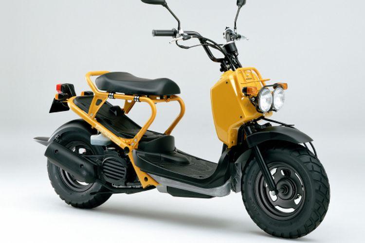 Skutik Honda Ruckus yang juga dikenal dengan nama Zoomer