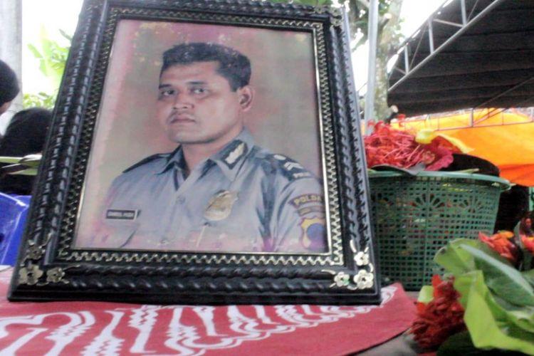 Aiptu Samsul Huda semasa hidup. Anggota Polsek KP3 Pelabuhan Tanjung Emas Semarang ini ditemukan meninggal di Jalan Arteri Yos Sudarso Semarang dengan sejumlah luka tusukan, Sabtu (20/1/2018).