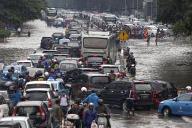 Kondisi jalanan Ibu Kota saat hujan