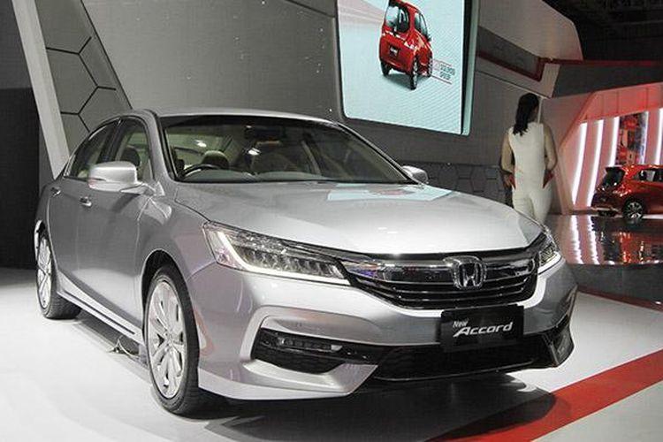 New Honda Accord diperkenalkan pada ajang IIMS 2016