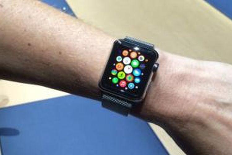 Apple Watch diperkenalkan bersamaan iPhone 6.