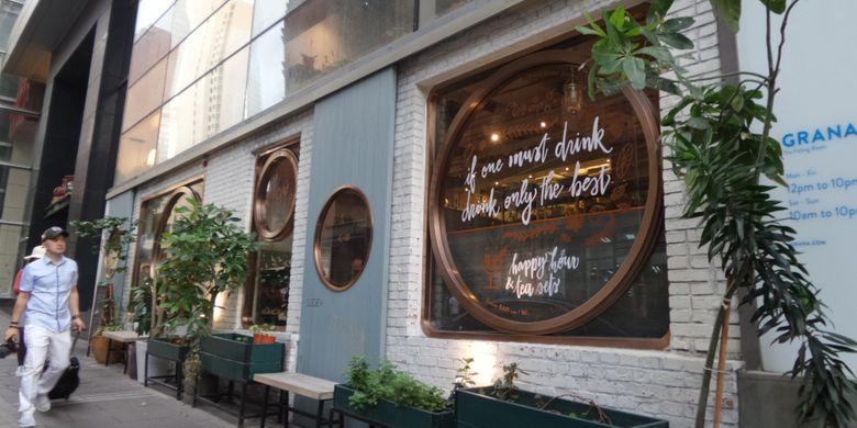 Salah satu kafe yang ada di kawasan Old Town Central, Hongkong.